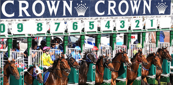 Crown Oaks racing