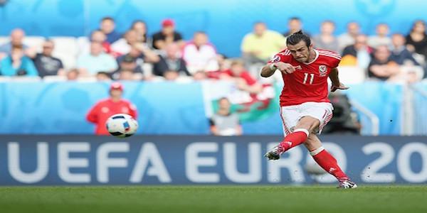 Wales-vs-England-Bale